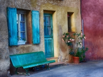 TWE_FRA_071214_0140_HDR.jpg  Europe;France;Provence;Roussillion; Front Door and colorful bench